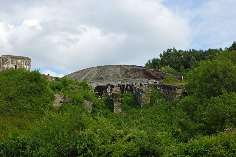 Bunkerkomplex La Coupole.jpg