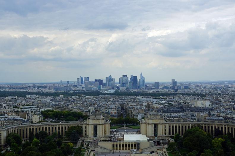 Das Finanzzentrum von Paris.jpg