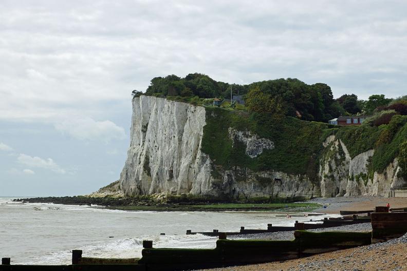 Kreidefelsen am Strand von St-Margaret Bay.jpg