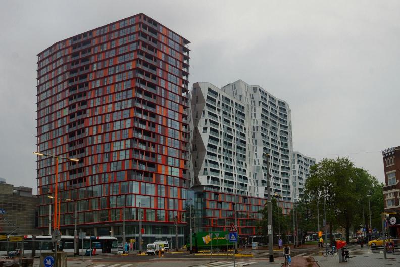 Moderne Architektur in Rotterdam.jpg