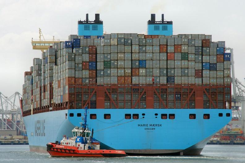Rückansicht der Marie Maersk.jpg