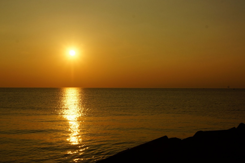 Sonnenuntergang an der Nordsee.jpg
