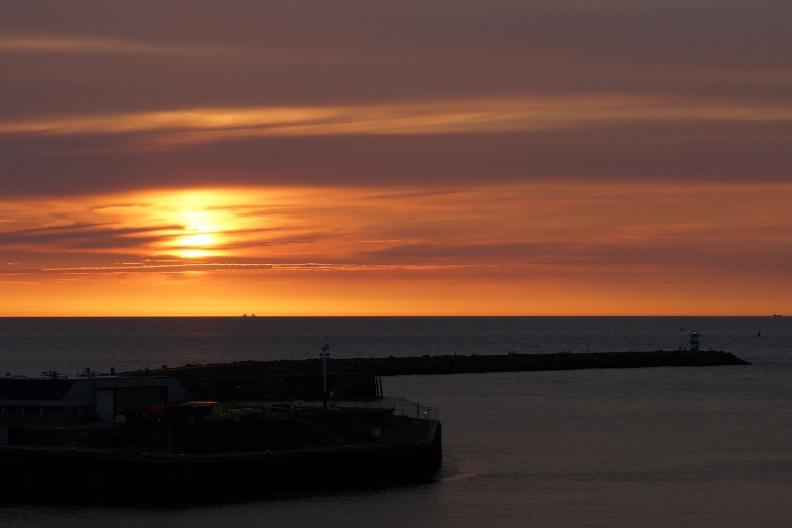 Sonnenuntergang in Scheveningen.jpg