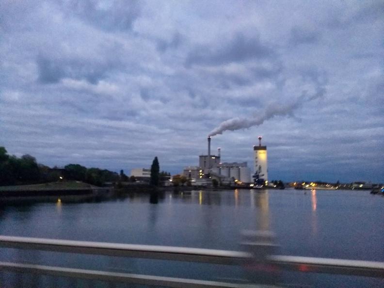 Weser in Bremen.jpg