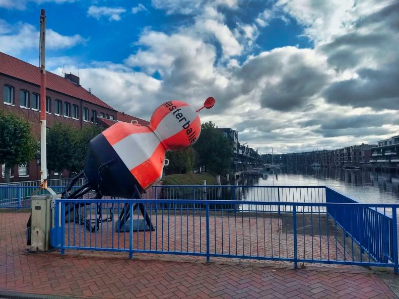 Boje in Emden.jpg