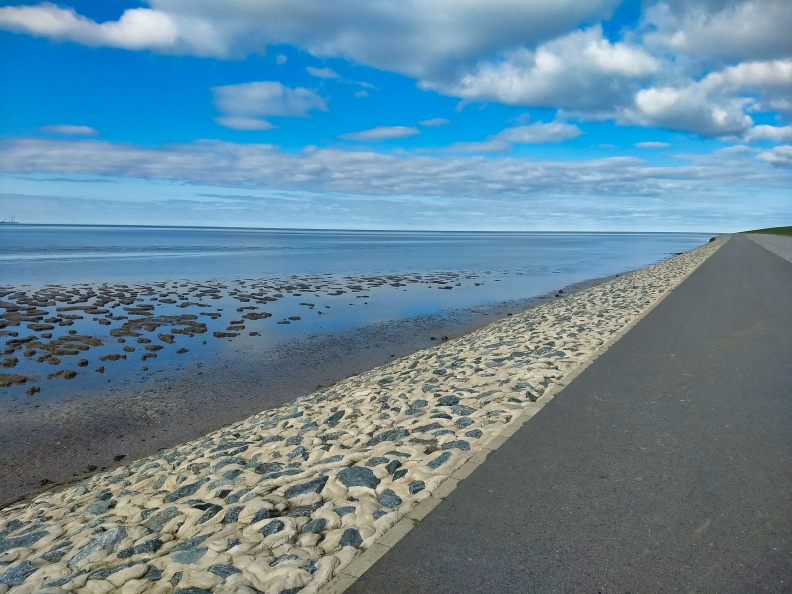 Nordsee bei Krummhörn.jpg