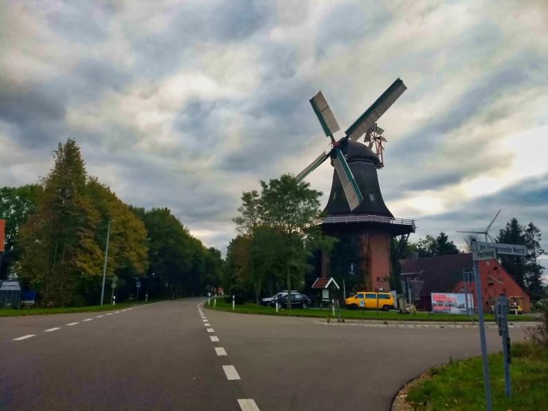Eine weitere Windmühle.jpg