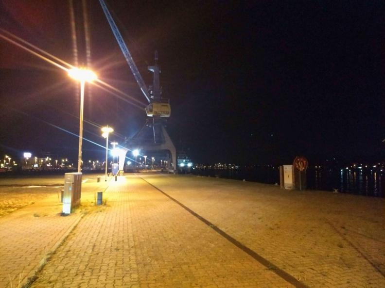 Stadthafen Rostock bei Nacht.jpg